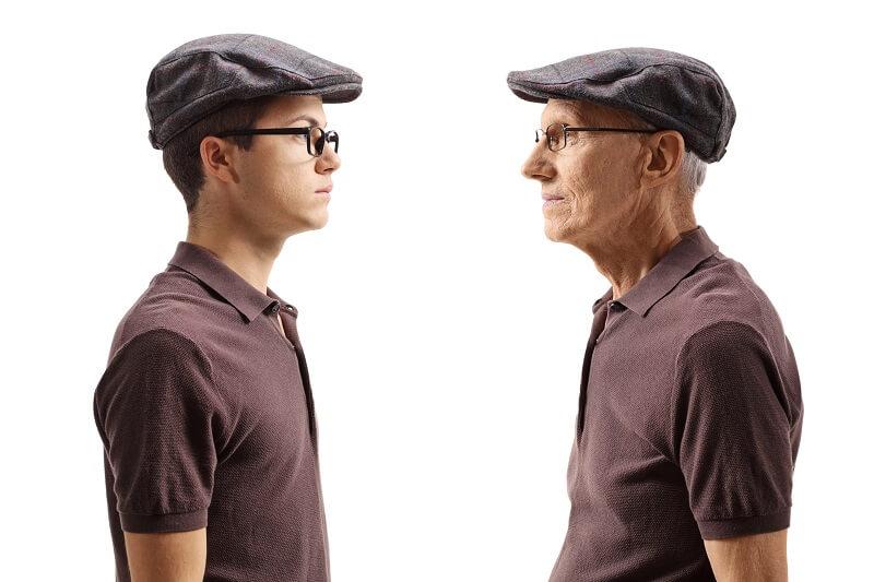 行政書士の年齢層